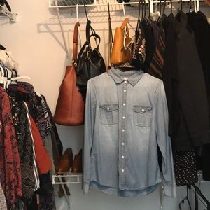 J. Crew the perfect shirt in chambray. Small